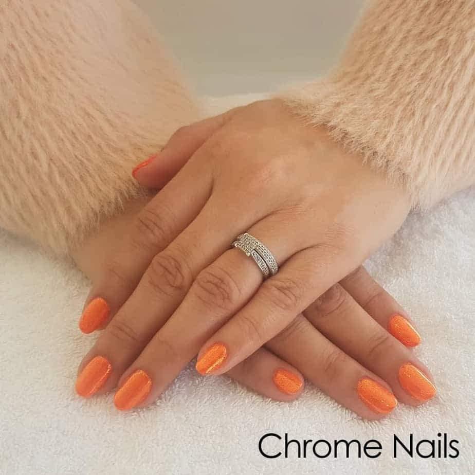 chrome gel hands Queen B